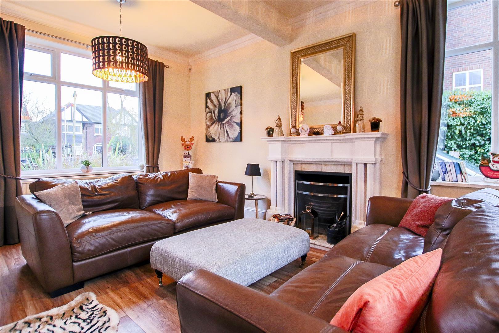 4 Bedroom Detached House For Sale - 53.jpg